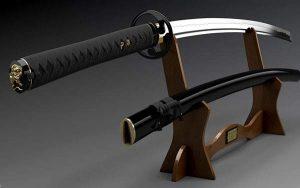 刀掛台に飾った刀と鞘
